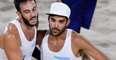 Daniele Lupo (R) and Paolo Nicolai of Italy react during the men's semifinal match between Nicolai/Lupo of Italy and Semenov/Krasilnikov of Russia for the Rio 2016 Olympic Games Beach Volleyball tournament on Copacabana Beach in Rio de Janeiro, Brazil, 16 August 2016.  ANSA/ETTORE FERRARI